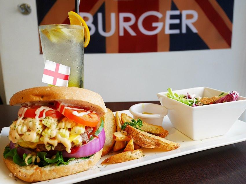 20171002144246 27 - 【熱血採訪】台中早午餐|漢堡巴士Burger Bus~傳統英式早餐、英式漢堡專賣店 英國開車玩一圈 結合藝術和美食的英國風文青餐館(東區早午餐)