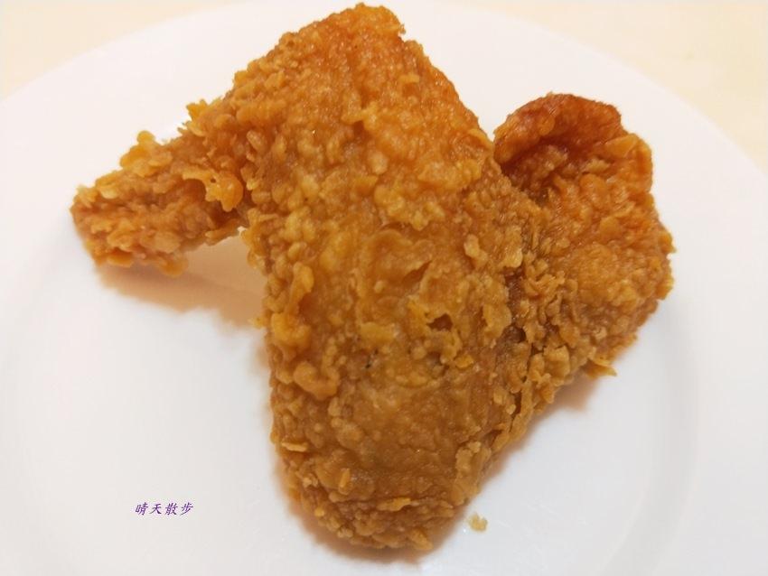 20171202195528 96 - 胖老爹美式炸雞台中東興店~宵夜吃炸雞好罪過 偶爾墮落一下又何妨?