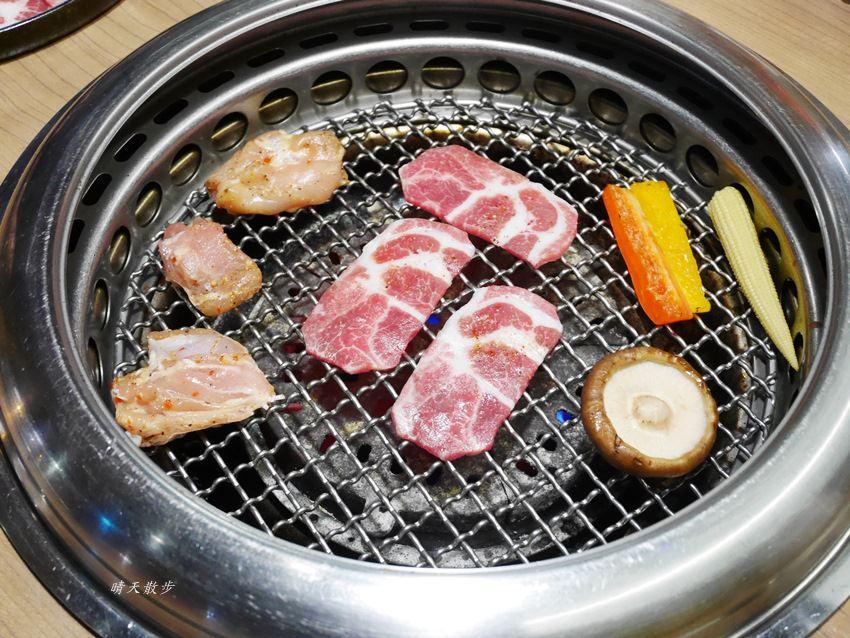 20171206002945 23 - 熱血採訪︱台中西屯燒肉:雲火日式燒肉~日本頂級黑毛和牛驚豔登場 點套餐加價購只要680元/100公克 期間限定別錯過