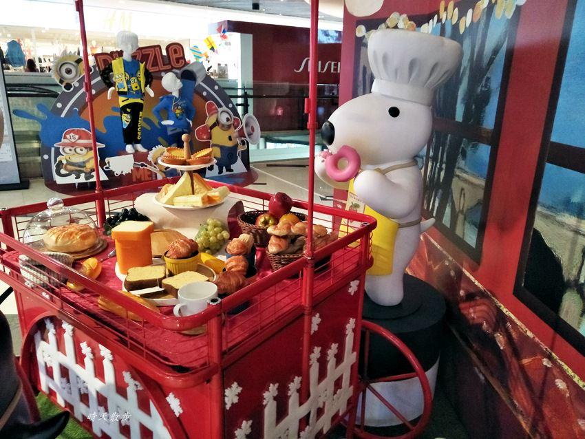20171215101903 45 - 大魯閣新時代購物中心|2017麗莎和卡斯柏聖誕派對 最受歡迎的法國經典繪本角色 全台最高室內聖誕樹