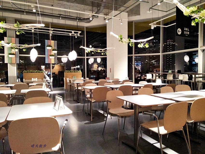20171229125859 12 - IKEA壽星優惠~主餐買一送一好划算 善用優惠省錢吃大餐 愛吃德國豬腳的人別錯過脆皮豬腳