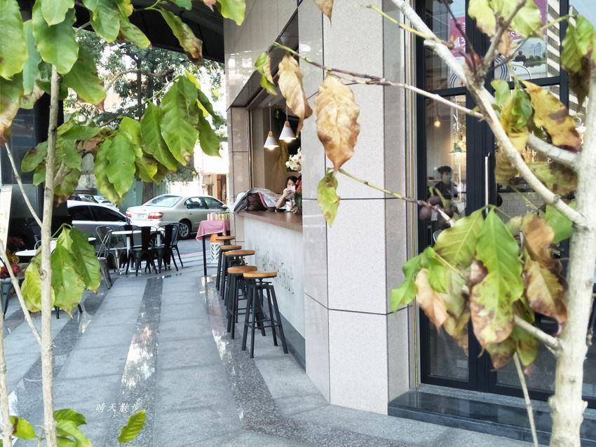20180107142737 19 - 台中早午餐 艾初早餐-向上店~好勤奮的平價早午餐 清晨五點半開門營業 清新簡約的半開放空間