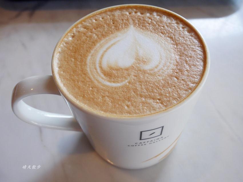 20180222190544 42 - 台中下午茶|卡啡那大墩店~香書、咖啡香、麵包香 從牆面到天花板都是書 假日一位難求