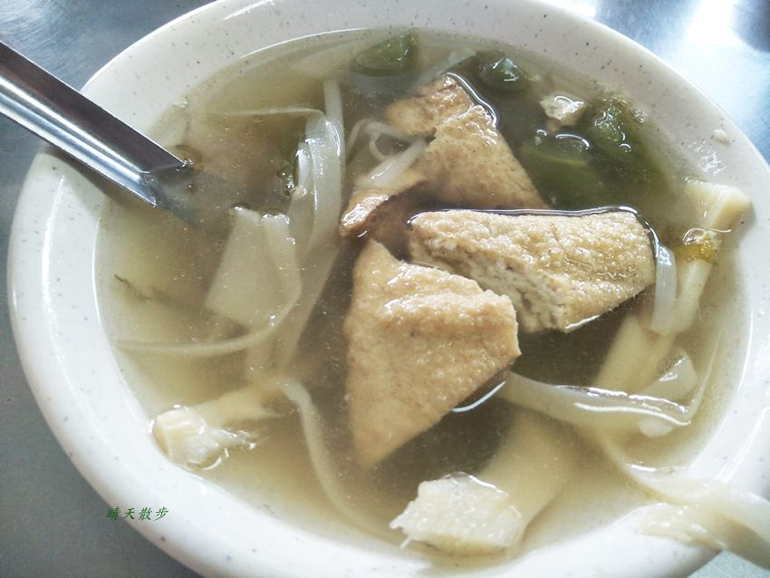 20180329195434 51 - 南屯小吃|源爌肉飯~傳統炒麵、豬血湯、大腸湯 黎明路的銅板價古早味美食