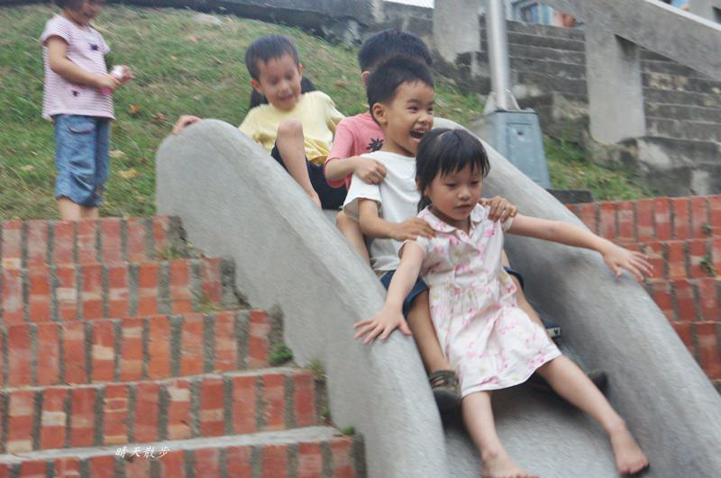 20180506194742 21 - 台中萬壽公園~最受歡迎的磨石子溜滑梯 萬壽棒球場旁