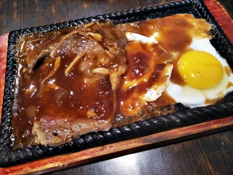 20180520212654 69 - 厚嘟嘟平價牛排|向上路平價牛排深夜食堂 午餐有特價99元的選擇!