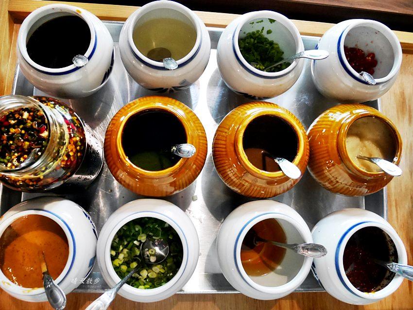20180715183517 57 - 熱血採訪|黃金張老甕東北酸菜白肉鍋~美味白滷手工麵食小點 天然發酵酸白菜鍋 天津商圈聚餐好地方