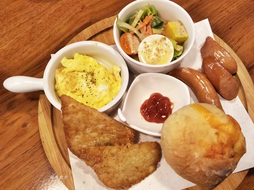 20180813190236 93 - 西區早午餐|34巷Café~溫馨小店的早午餐與家常料理 手作餐包、貝果、吐司很熱門