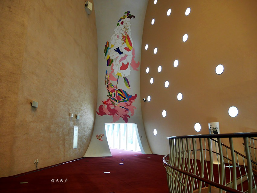 20181017180721 54 - 台中景點|台中國家歌劇院~預約定期導覽參觀 台中市民免費喔!(星期一也開放)