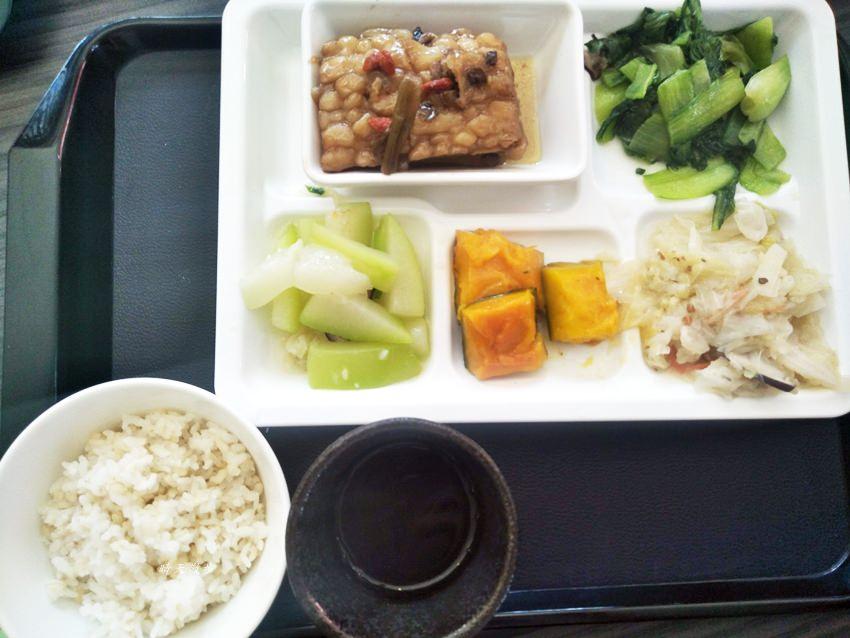 20181031075852 99 - 豐原簡餐|一念之間蔬食館~蔬食自助餐、簡餐、咖啡、下午茶
