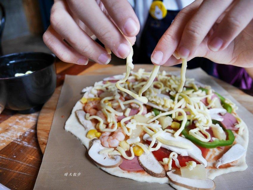 20181120161511 41 - 熱血採訪|那間披薩La Pizza~假日親子披薩DIY體驗 近中興大學 自己做的披薩最好吃!(台中披薩吃到飽餐廳)