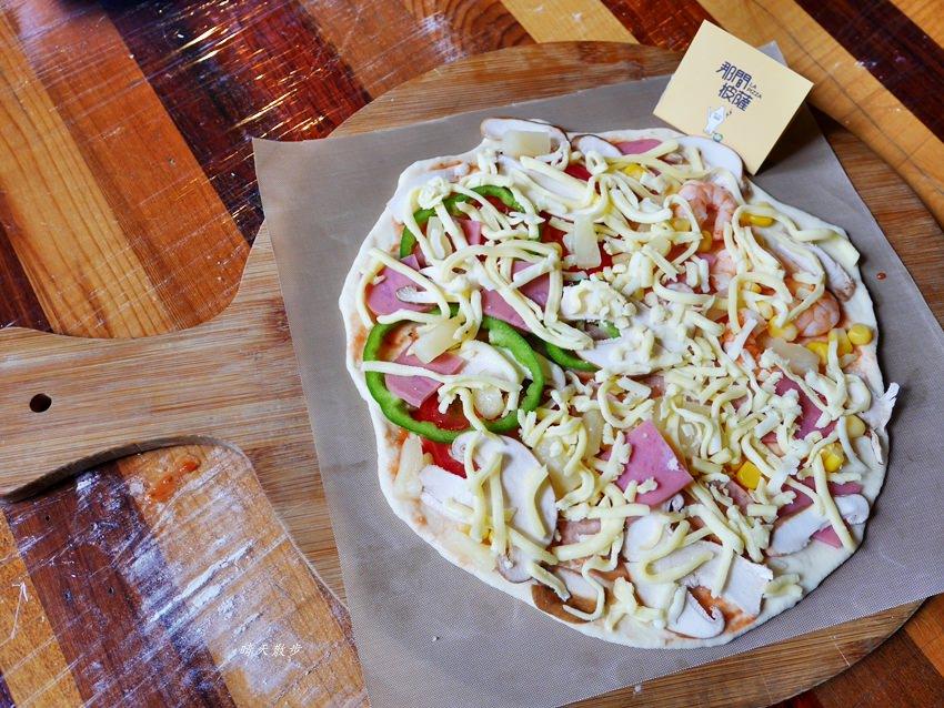 20181120161518 28 - 熱血採訪|那間披薩La Pizza~假日親子披薩DIY體驗 近中興大學 自己做的披薩最好吃!(台中披薩吃到飽餐廳)