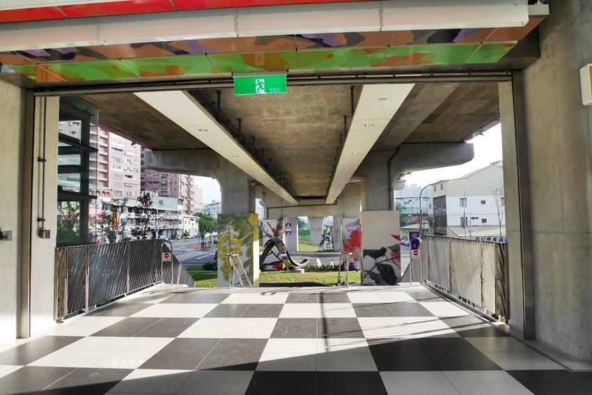 20181210133110 81 - 台中鐵路高架捷運化~挺藝術的「五權車站」 南來北往通勤很方便