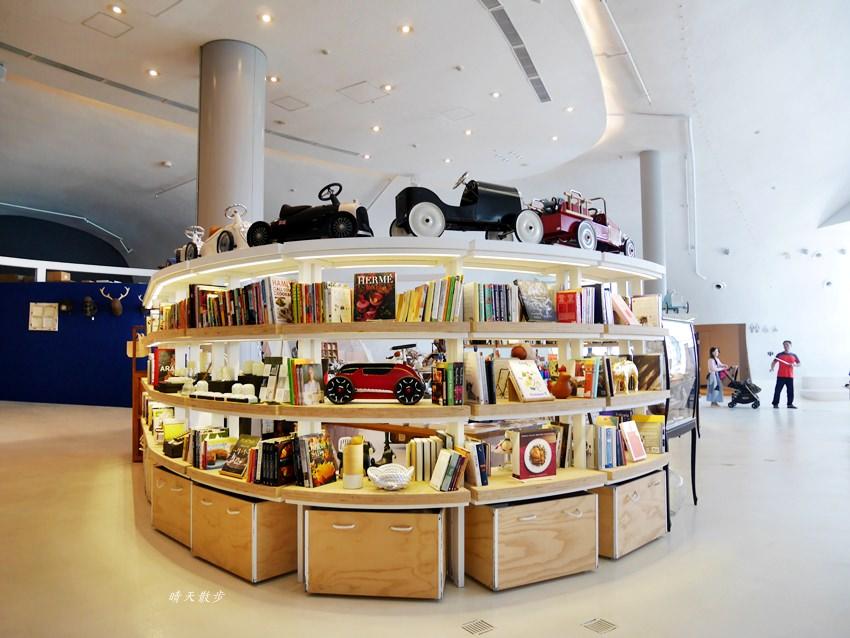 20190302231730 74 - 好樣玩藝 VVG Books Play~免費參觀的台中國家歌劇院 五樓好物好好逛好想買