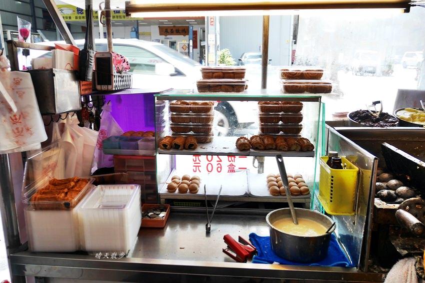 20190419120941 63 - 台中小吃|城門雞蛋糕~舊城區銅板美食懷舊小點心 紅豆蛋糕、奶油蛋糕、原味小蛋糕