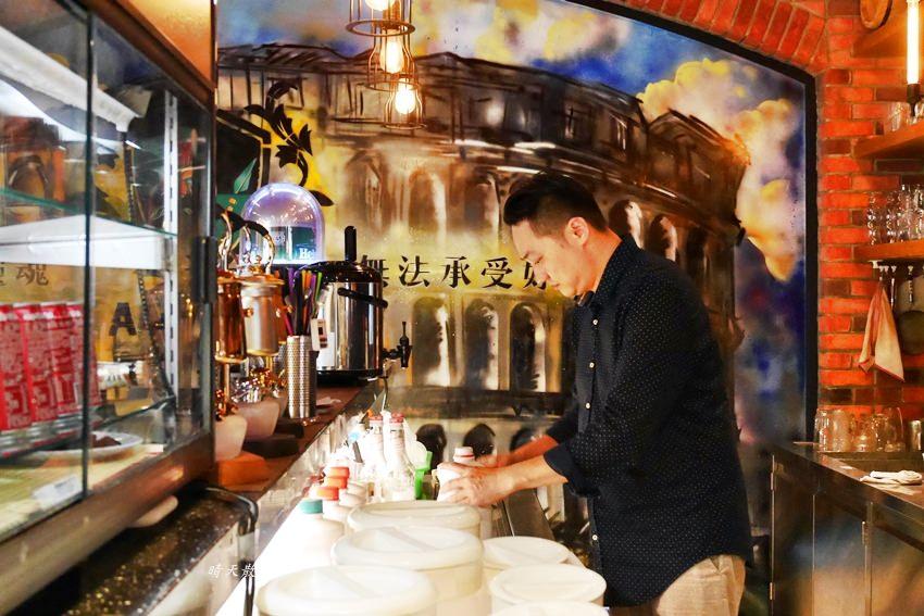 20190531191534 62 - 熱血採訪|古堡風格餐廳吃龍蝦火鍋超享受,現場演唱、免費停車、不收服務費的蟹老闆竹炭火鍋(暫時休業)