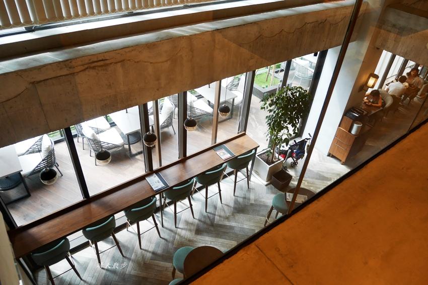 20190608220354 46 - 蔦屋書店台中市政店~在美麗的日本蔦屋書店TSUTAYA BOOKSTORE 享用Wired Tokyo的咖啡和閱讀時光