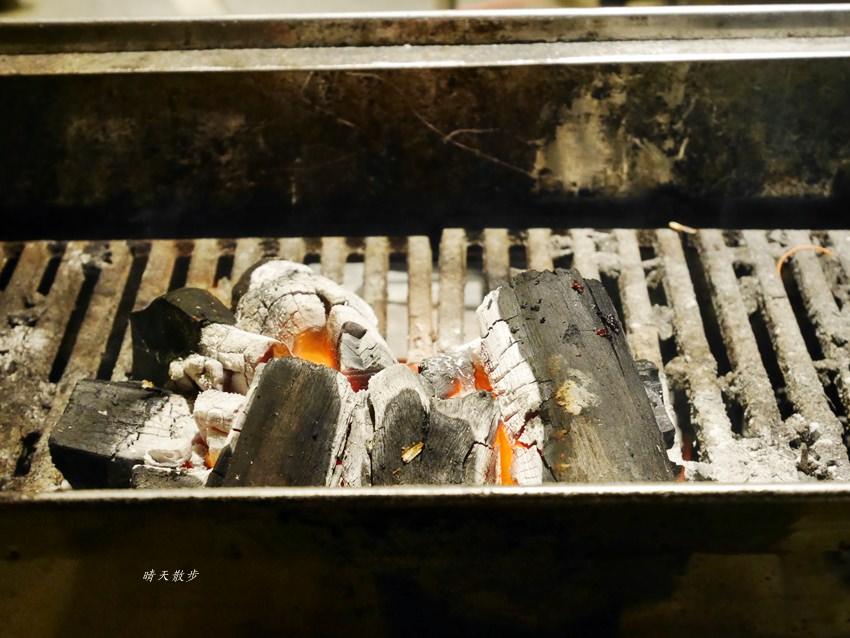 20191205010754 80 - 熱血採訪|深夜十點才擺攤的阿吉師和牛滷肉飯,營業凌晨兩點!加購比臉大和牛烤肉片只要50元