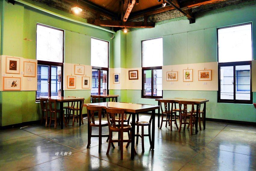 20200127134209 80 - 台灣太陽餅博物館老屋咖啡館~二樓老空間輕食區,喝咖啡配太陽餅,近台中車站(全安堂、魏爵咖啡)