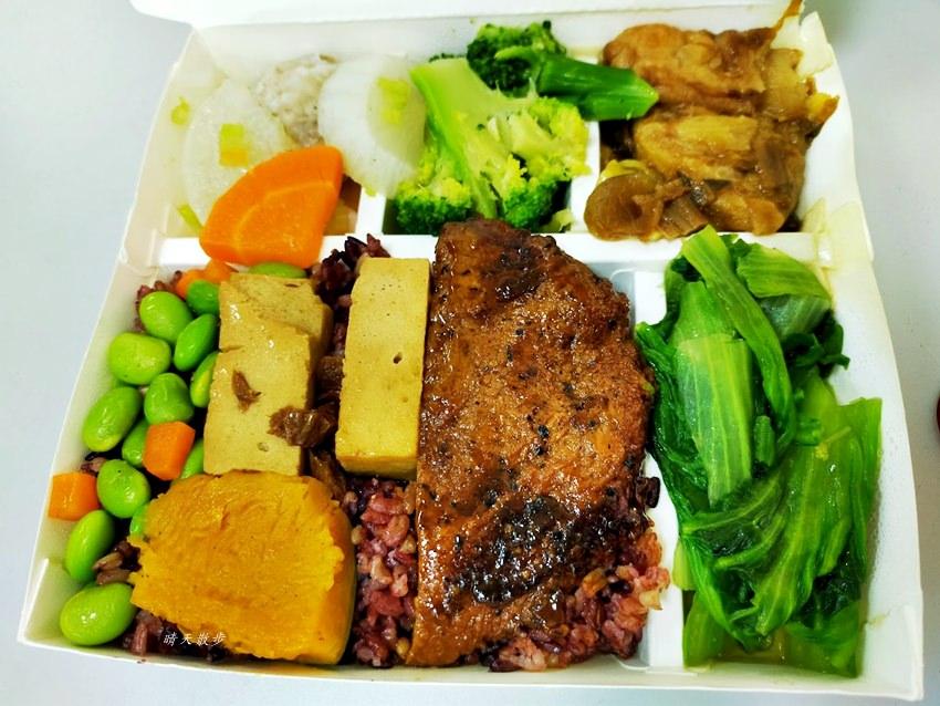 20200208195832 66 - 西區便當|中華素食自助餐~公益路平價素食自助餐,菜色豐富,外送便當65元
