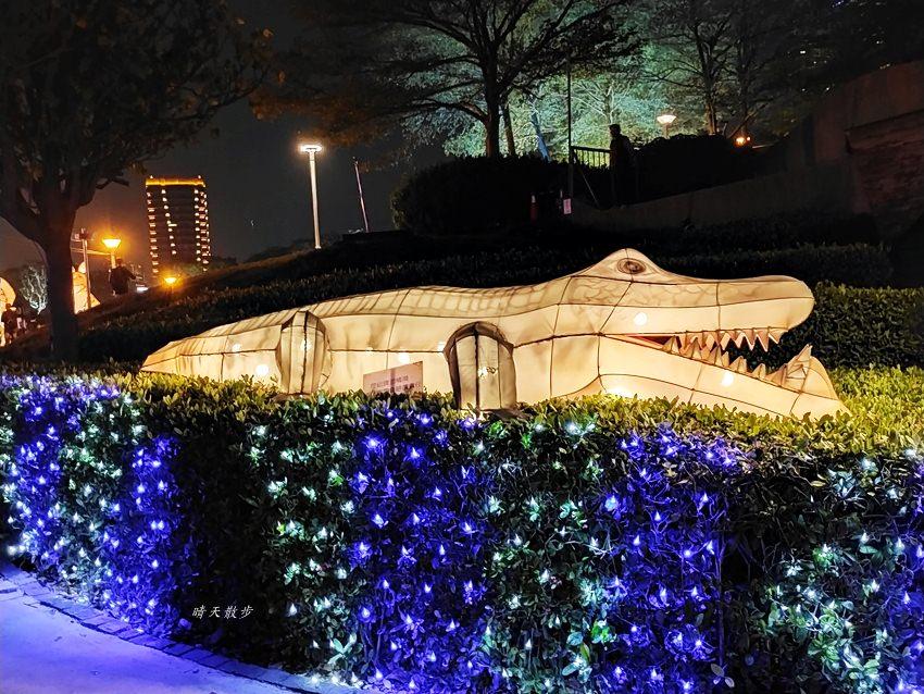 20200213164502 29 - 台中燈會|2020台灣燈會在台中,副展區文心森林公園戽斗星球動物晚上也好拍,還有人造雪喔!