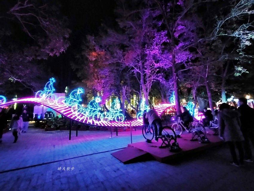 20200220163540 19 - 2020台灣燈會在台中~搭火車去后里逛台中燈會,森林園區好精彩,光之樹、聆聽花開永晝心、無人機秀、森林機械巨蟲秀!