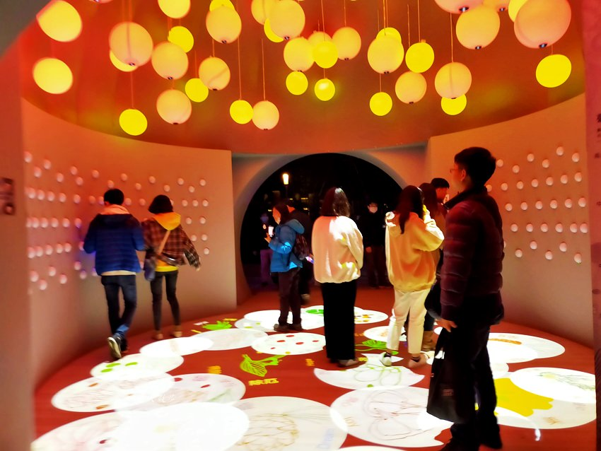 20200220163612 86 - 2020台灣燈會在台中~搭火車去后里逛台中燈會,森林園區好精彩,光之樹、聆聽花開永晝心、無人機秀、森林機械巨蟲秀!