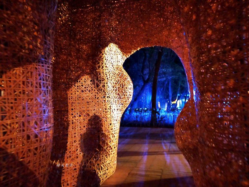 20200220163619 36 - 2020台灣燈會在台中~搭火車去后里逛台中燈會,森林園區好精彩,光之樹、聆聽花開永晝心、無人機秀、森林機械巨蟲秀!