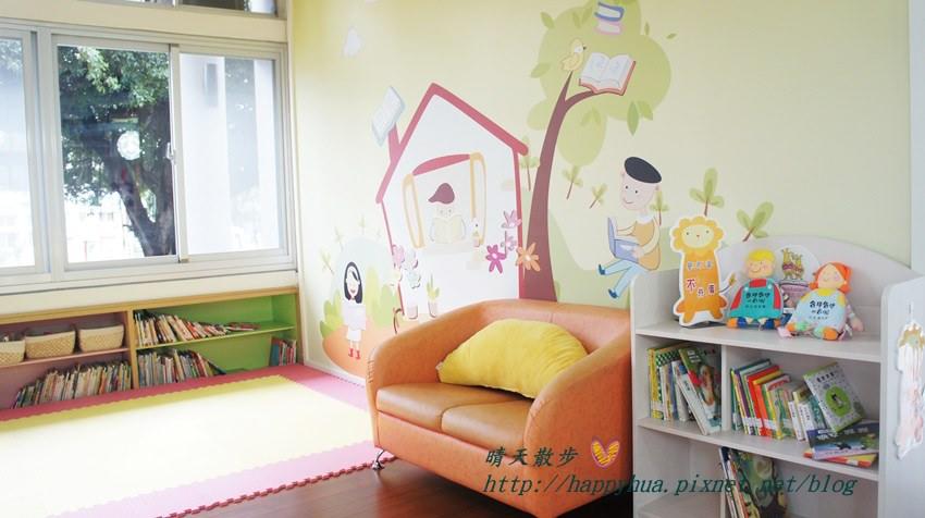 豐原圖書館一樓嬰幼兒繪本區 (1).JPG