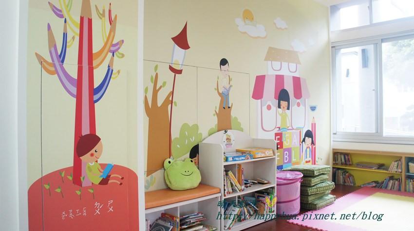 豐原圖書館一樓嬰幼兒繪本區 (2).JPG