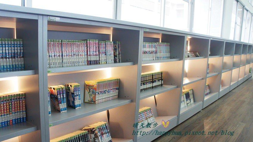 豐原圖書館三樓漫畫 (2).JPG