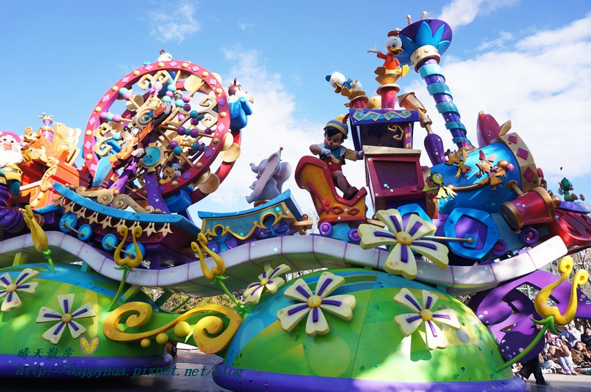 20140205disneyland日間遊行 (11).JPG