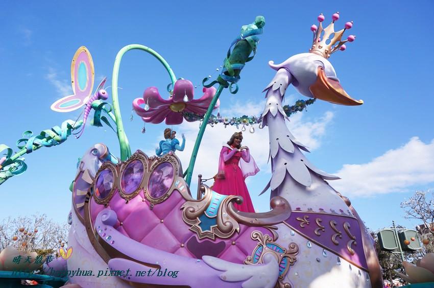 20140205disneyland日間遊行 (24).JPG