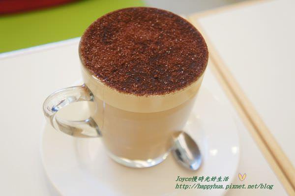 HOEM CAFE (90).JPG